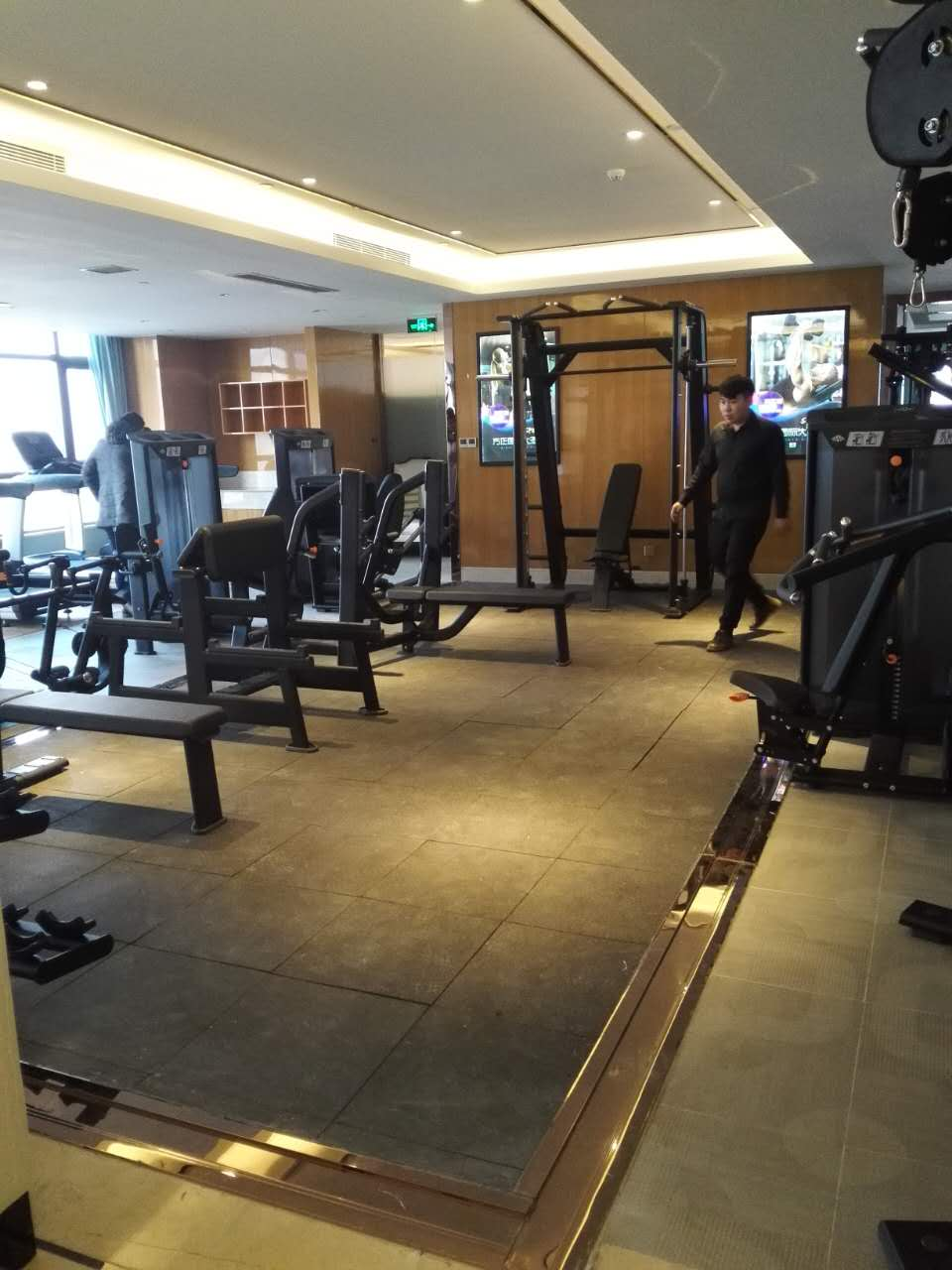 vita commerical gym equipment